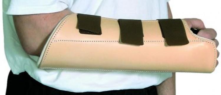 Schweikert - Unterarmschutz mit Klettverschluss